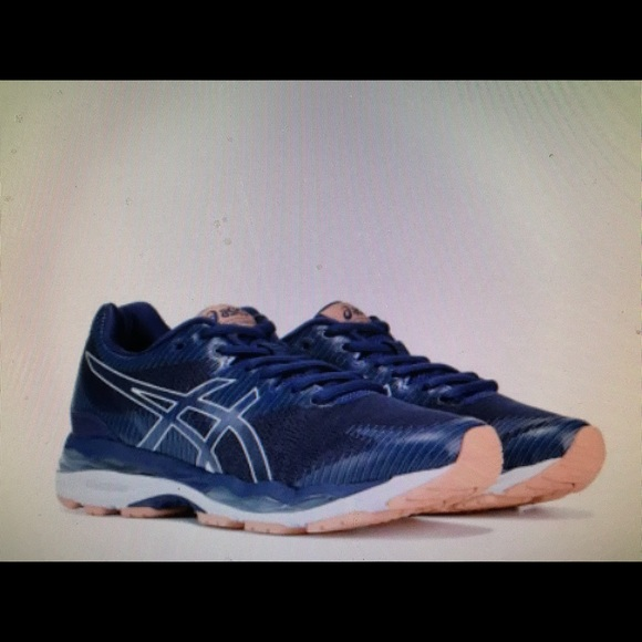 asics trainers size 7
